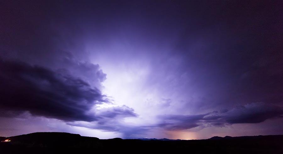 Unwetterschönheit: Monsoon III
