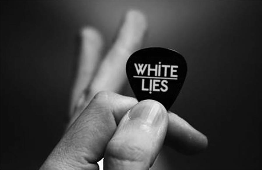 White Lies: 2x signiertes Album und 2 Tourtickets white-lies-concert
