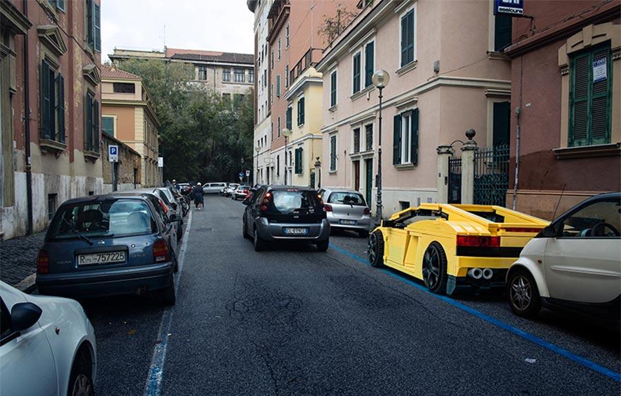 LEGO-Autos in den Straßen Roms LEGO-inside-rome_01-1