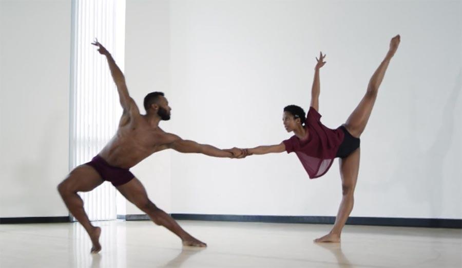 Wunderschöner Tanz zu Adeles 'All I Ask'