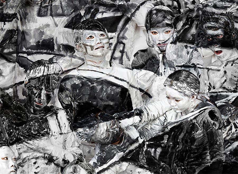 Gemälde-Klassiker mit bemalten Menschen nachgebaut art-hacke-liu-bolin_07