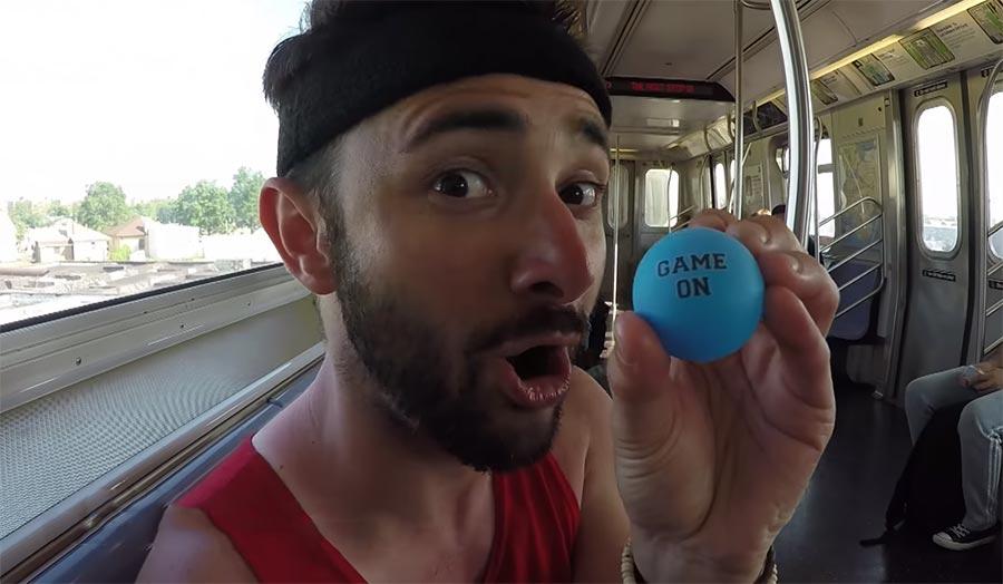 Ping Pong Trick Shot Video Parodie