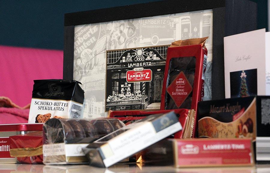 Die Lambertz Geschenktruhe bringt Weihnachten näher lambertz-geschenktruhe-spezialitaetenhaus_01