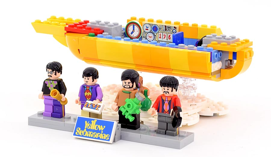 Super Smooth LEGO Build: Yellow Submarine super-smooth-lego-build-yellow-submarine
