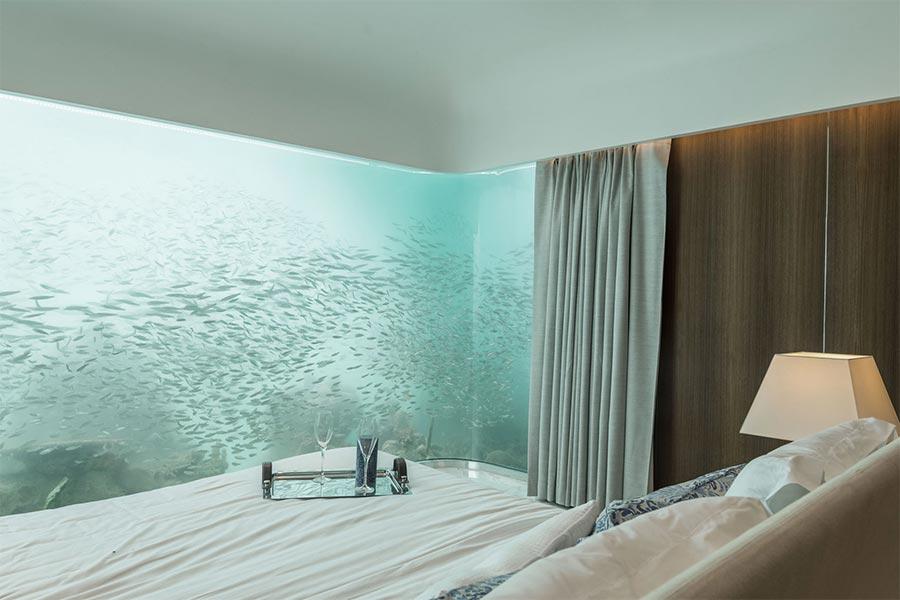 Luxus-Hausboot mit Korallenriff-Blick the-floating-seahorse_07