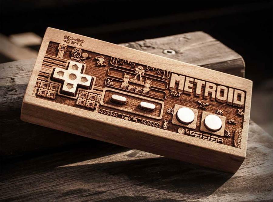 Coole Holz-Laser-Gravur-Kunst Spitfirelabs_wooden-retro_01