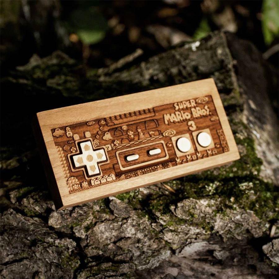 Coole Holz-Laser-Gravur-Kunst Spitfirelabs_wooden-retro_05