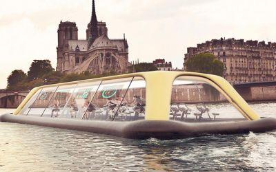 Auf dem Tretboot-Fitnesscenter durch Paris