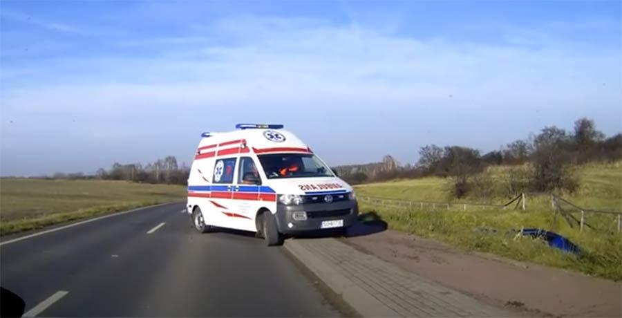 Wenn der Krankenwagen nicht auf sich warten lässt krankenwagen-da