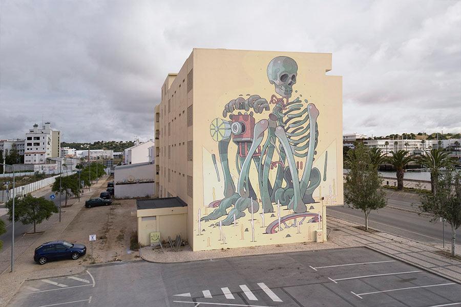 Street Art: Aryz street-art-aryz_10
