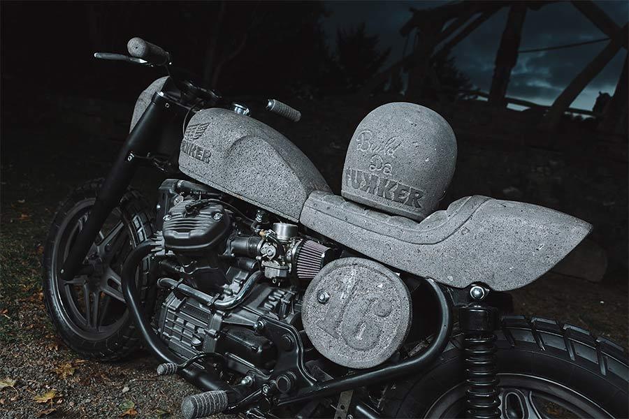 Motorrad aus Stein CX500_made-of-stone_06