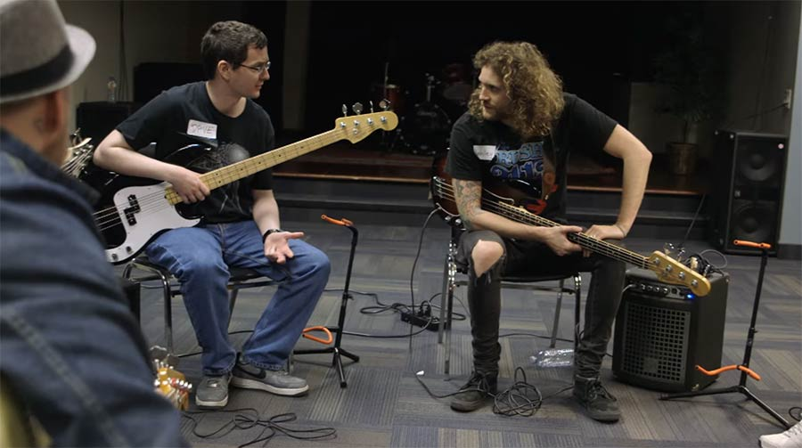 Selbsthilfegruppe für Bassisten bass-player-support-group