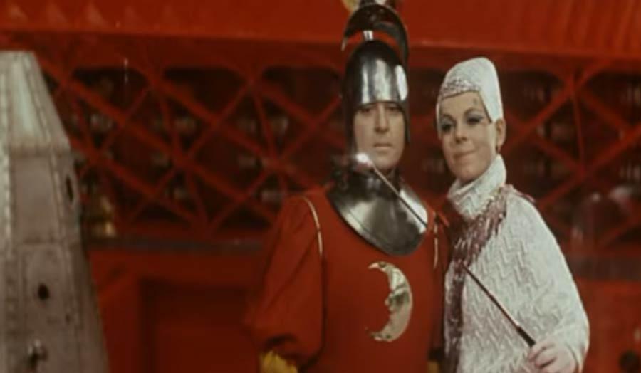 1970er SciFi-Film hat Selfie Sticks vorhergesagt erste-selfie-stick