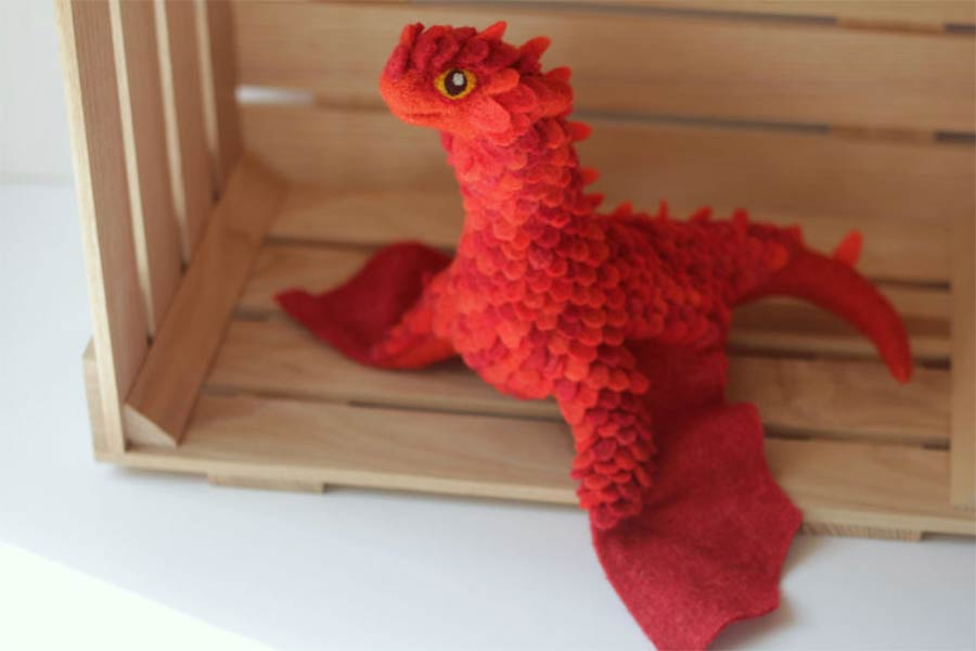 Liebevoll gestaltete Filz-Drachen felt-dragons_04
