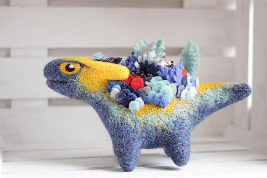 Liebevoll gestaltete Filz-Drachen felt-dragons_07
