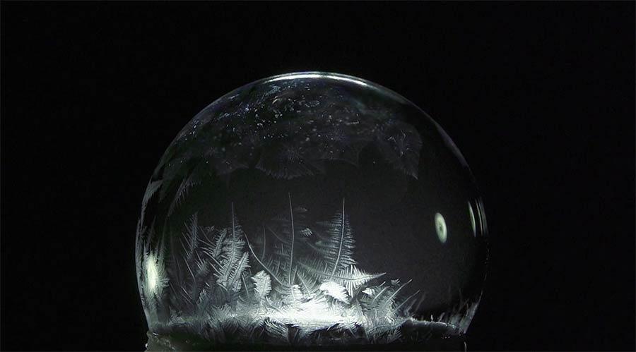 Mehr einfrierende Seifenblasen