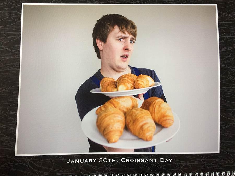 Bruder erhält grandiosen personalisierten Wandkalender personalized-calendar-2017_01