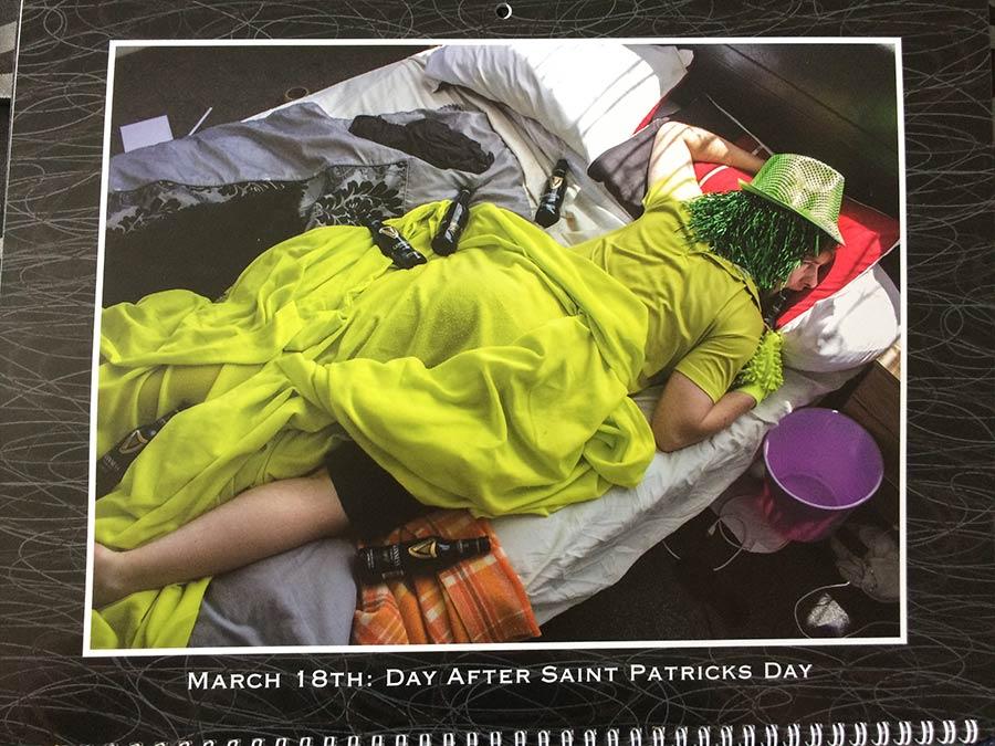 Bruder erhält grandiosen personalisierten Wandkalender personalized-calendar-2017_03