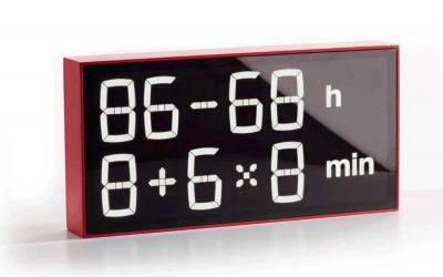 Diese Uhr lässt euch rechnen, wie spät es ist