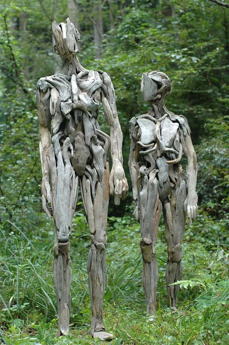 Figuren aus Treibholz driftwood-sculptures-Nagato-Iwasaki_02
