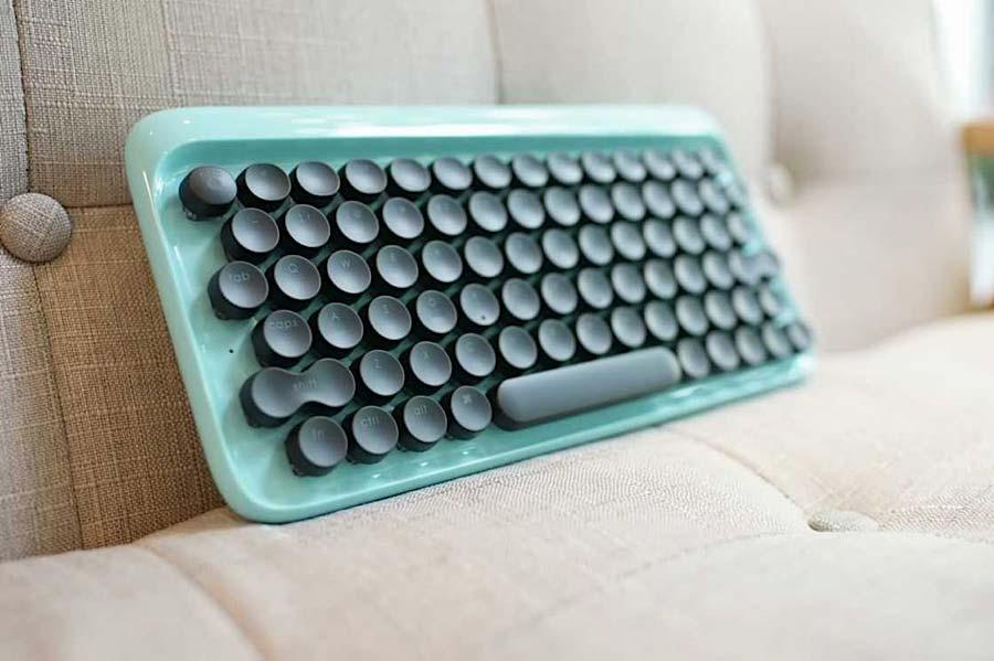 Computer-Tastatur mit Schreibmaschinen-Feeling lofree_schreibmaschinentastatur_06