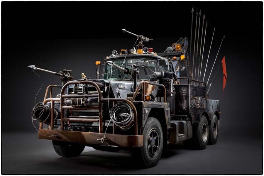 Die Fahrzeuge aus Mad Max: Fury Road, bevor sie zerschrottet wurden Mad-Max-Fury-Road_Cars_Before-the-dirt_02