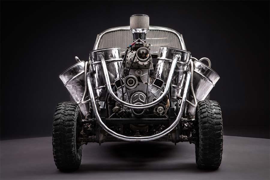 Die Fahrzeuge aus Mad Max: Fury Road, bevor sie zerschrottet wurden Mad-Max-Fury-Road_Cars_Before-the-dirt_09