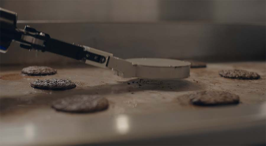 'Flippy', der Burgerbratroboter flippy-burger-flip-robot