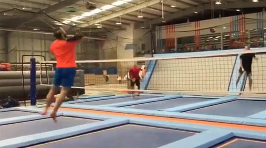 Trampolin-Badminton trampoline-meets-badminton
