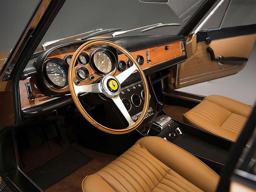 1966er Ferrari 330 GTC 1966-Ferrari-330-GTC_07