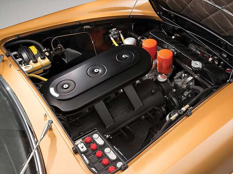 1966er Ferrari 330 GTC 1966-Ferrari-330-GTC_08