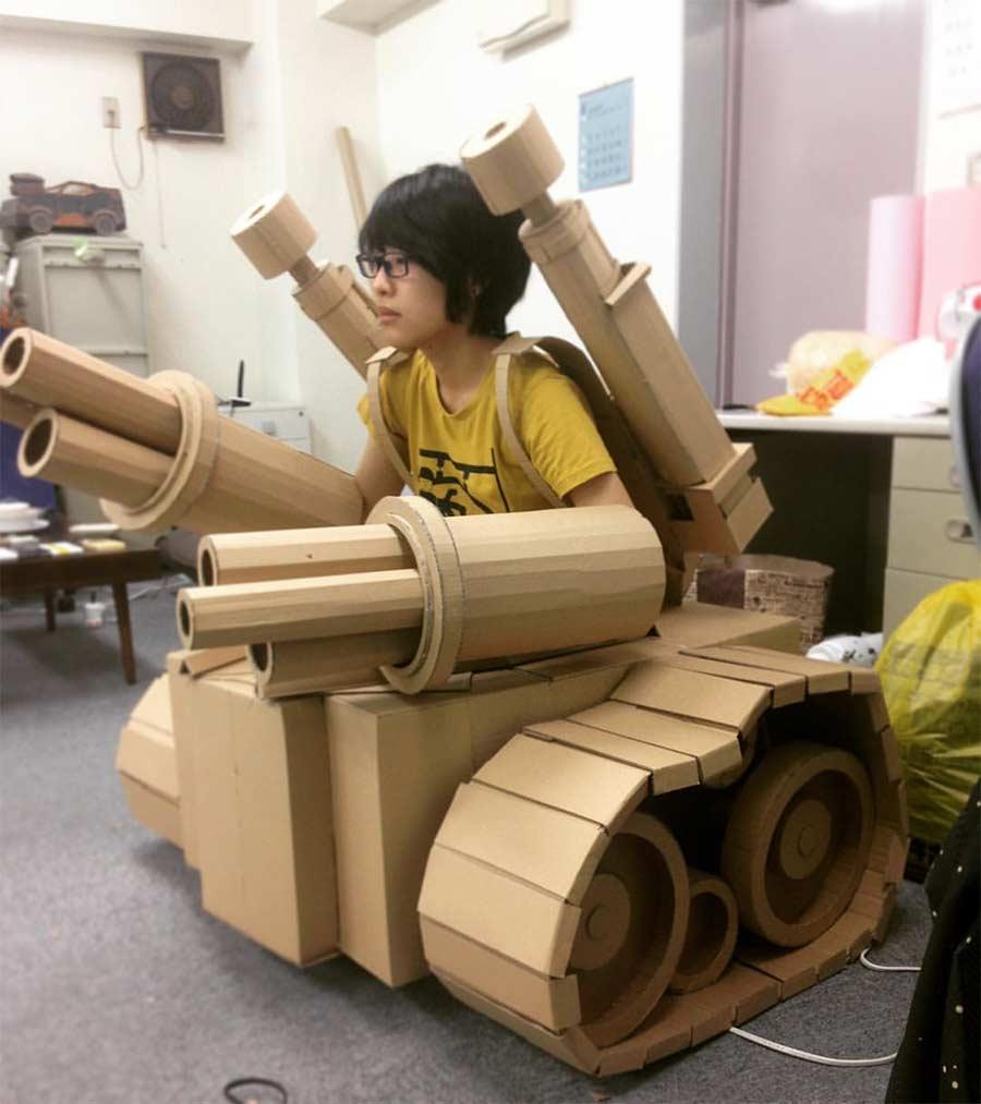 Was man aus Amazon-Kartons so alles machen kann Monomi-Ohno-Pappskulpturen_11
