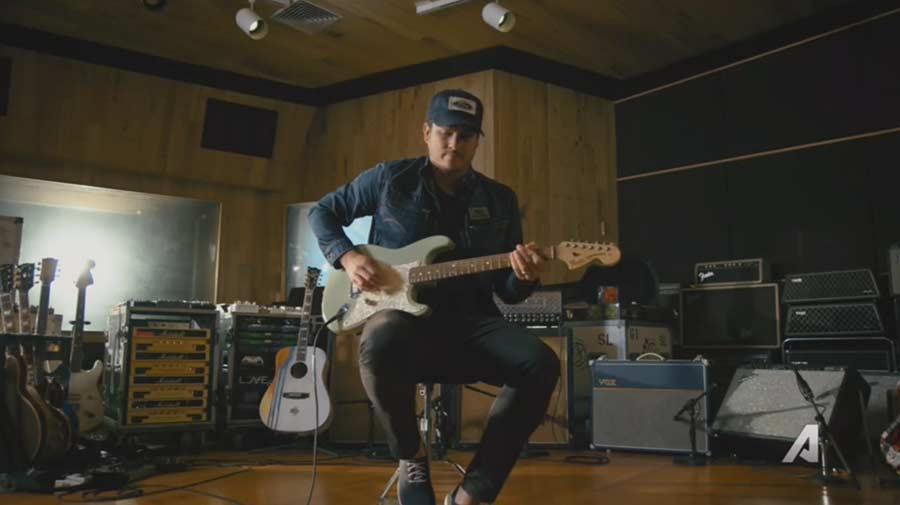 Interessante Dokumentation über Tom DeLonge Tom-DeLonge_The-Pursuit-of-Tone