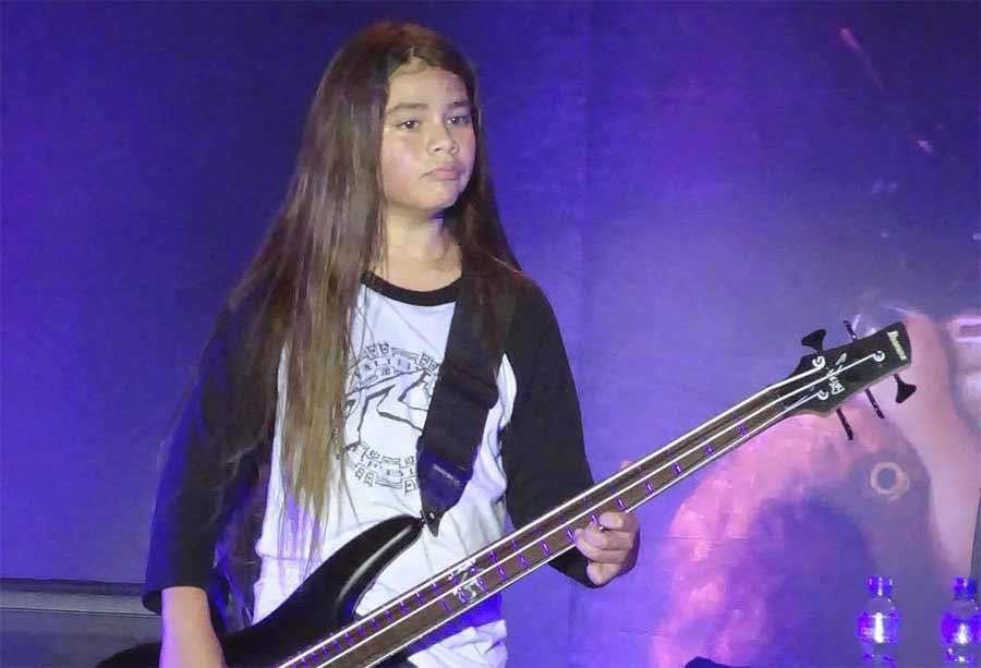 12-jähriger Sohn des Metallica-Bassisten spielt bei KoRn