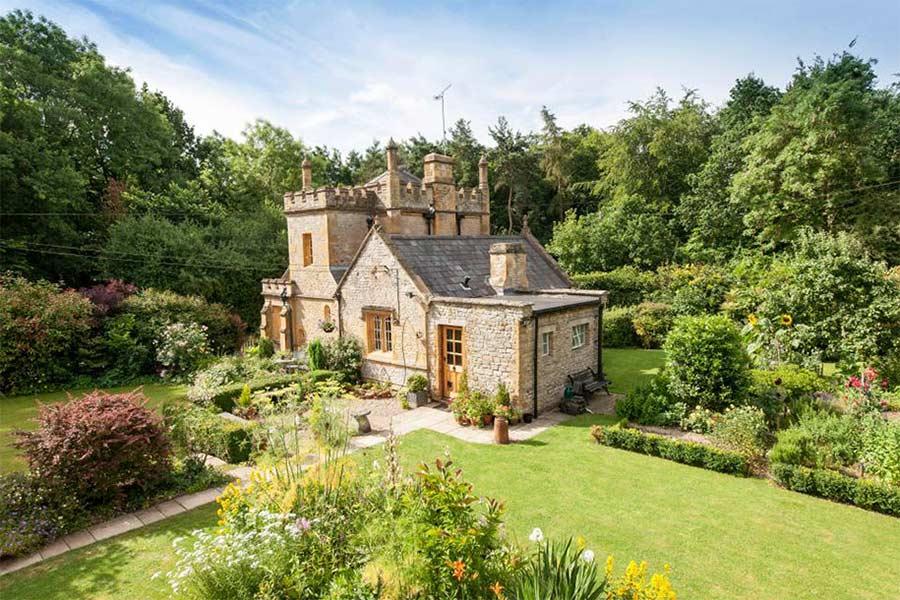 Das kleinste Schloss Großbritanniens wird verkauft