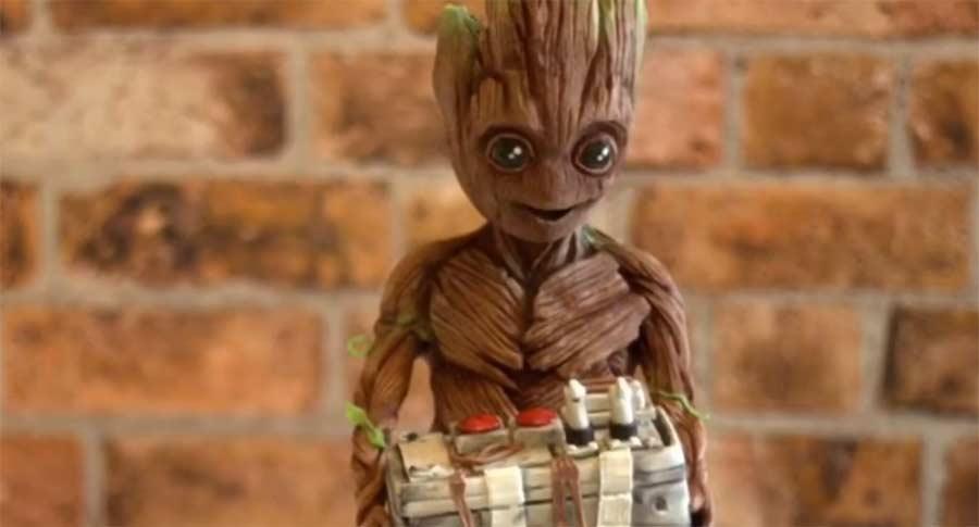 Baby Groot Schokoladen-Skulptur baby-groot-chocolate-sculpture