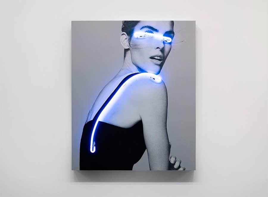 Neon blendend eingesetzt blindness-light-neon_04