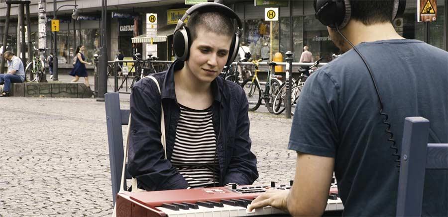 Nimm Platz, ich spiele dir ein Lied