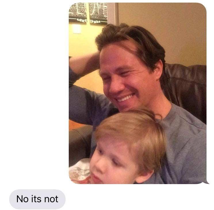 Vater spielt Ehefrau fiesen SMS-Streich imessage-kid-shaving-prank_13