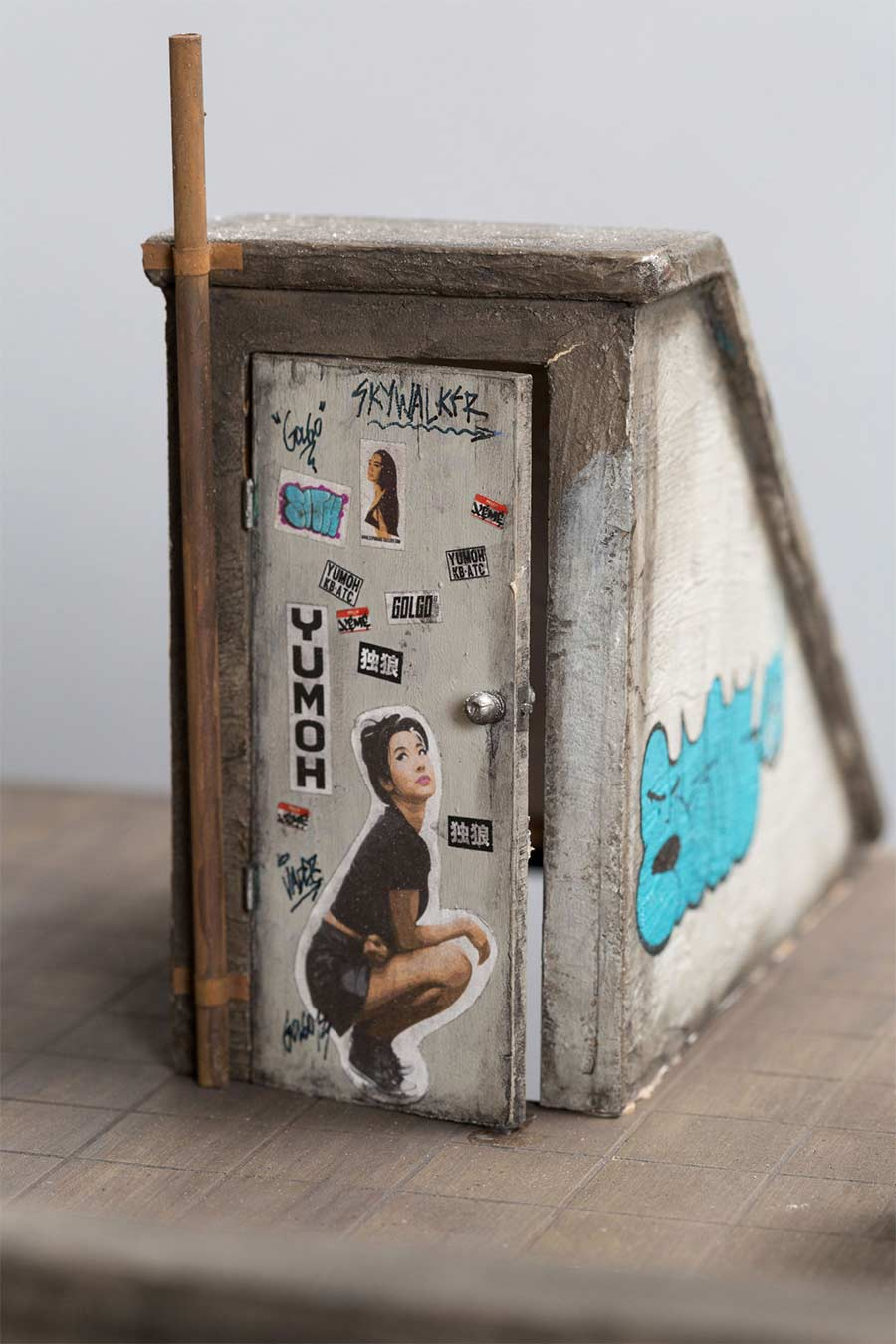 Miniaturgebäude von Joshua Smith joshua-smith-miniature-houses_04