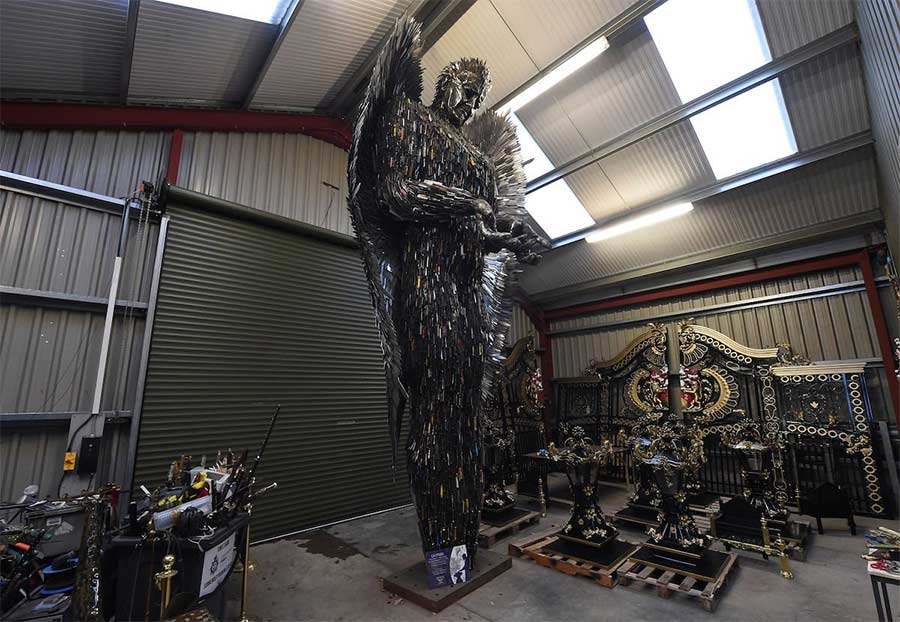 Der 'Knife Angel' stammt aus 100.000 sichergestellten Messern knife-angel_02