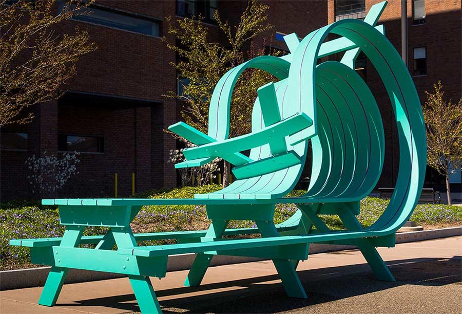 Originelle Sitz-Skulpturen von Michael Beitz Michael-Beitz_04