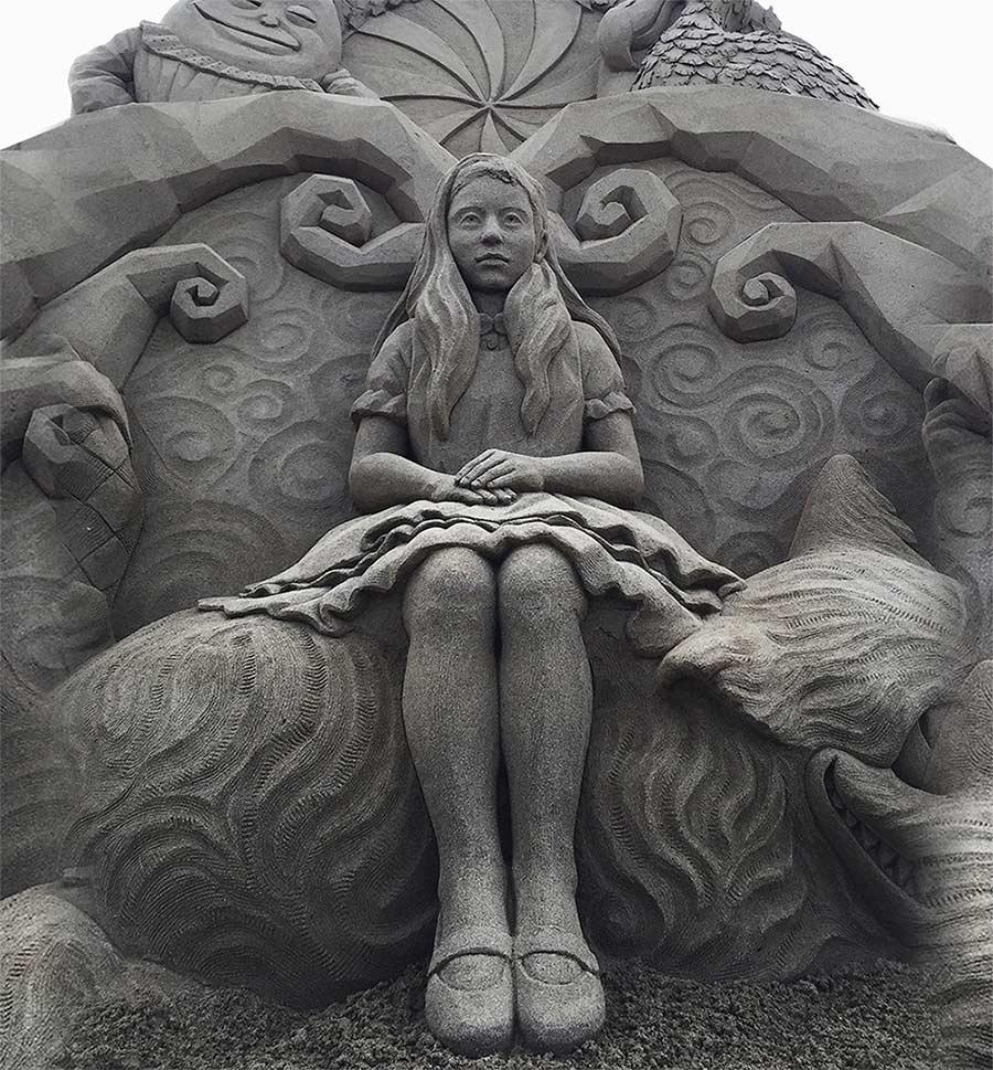 Sandskulpturen von Toshihiko Hosaka Toshihiko-Hosaka-sandsculptures_03