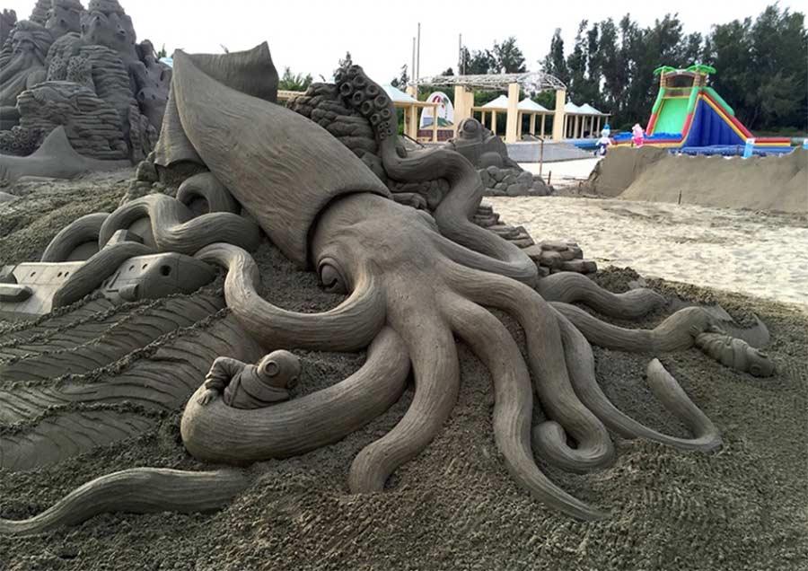 Sandskulpturen von Toshihiko Hosaka Toshihiko-Hosaka-sandsculptures_04