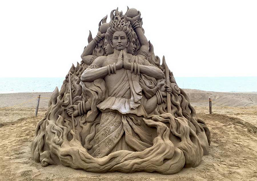 Sandskulpturen von Toshihiko Hosaka Toshihiko-Hosaka-sandsculptures_07