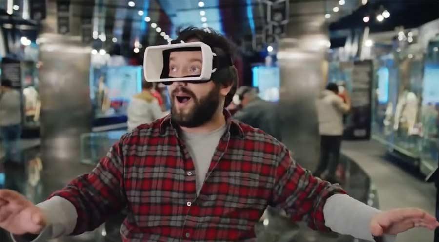 """Mit dieser Brille könnt ihr """"Real Reality"""" schauen real-reality"""