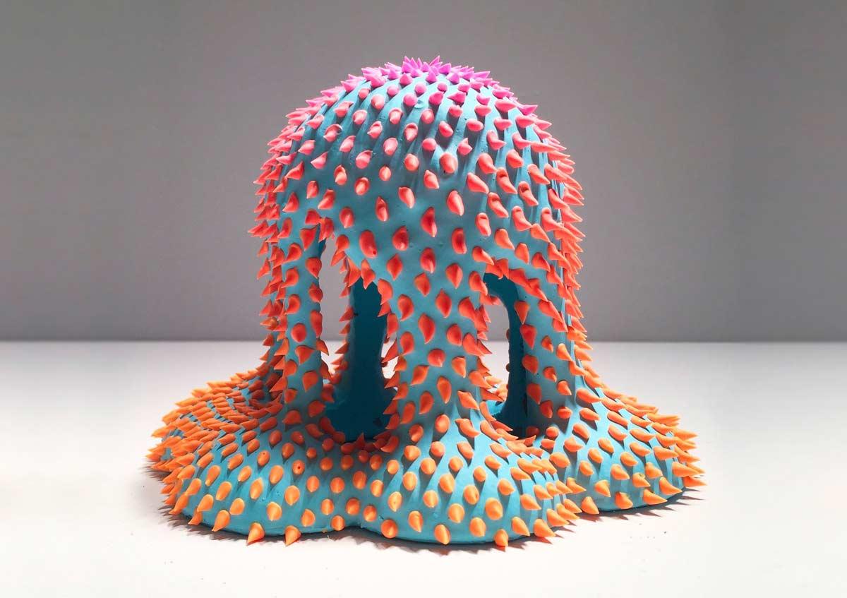 Stachelige Flüssigkeit-Skulpturen
