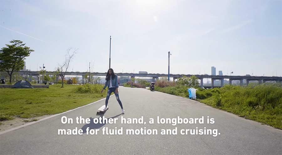 Hyojoo Ko tanzt auf dem Longboard