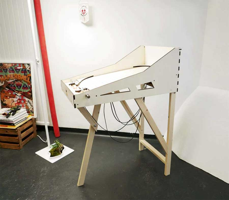 Bau dir deine eigene Pinball-Maschine makerball_04