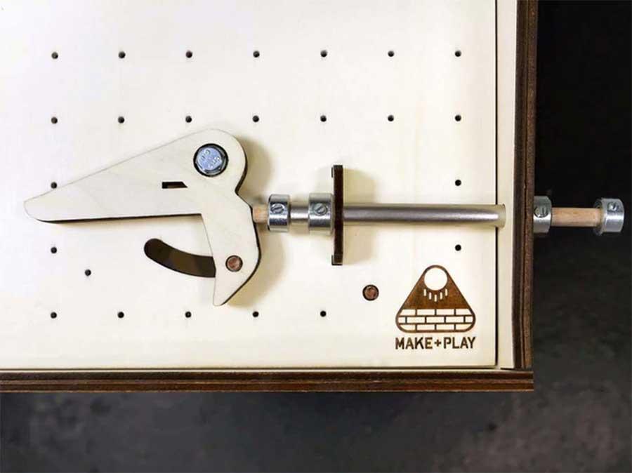 Bau dir deine eigene Pinball-Maschine makerball_05